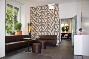 Лобби или стойка регистрации в Hotel Hottingen
