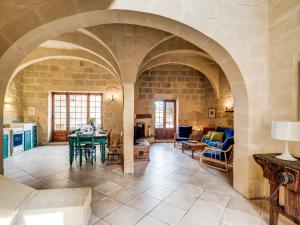 A seating area at Gozo Escape
