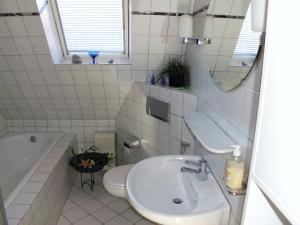 Ein Badezimmer in der Unterkunft Ferienwohnung Emma