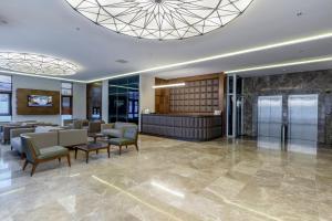 The lobby or reception area at Nearport Hotel Sabiha Gokcen Airport