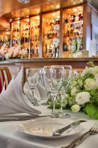 Restauracja lub miejsce do jedzenia w obiekcie Hotel Mazurkas