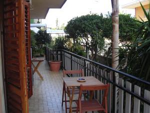 A balcony or terrace at B&B CasAnsaldo