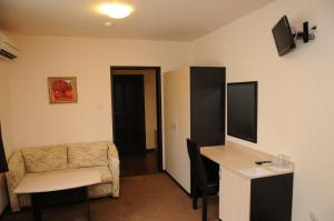 A television and/or entertainment center at Hotel Balkan