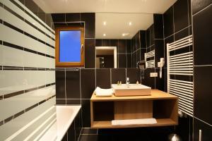 A bathroom at Banyan