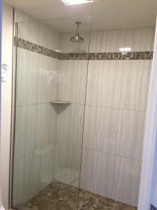 A bathroom at Greenwich Inn