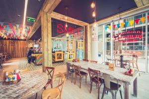 Salone o bar di Novotel London Blackfriars