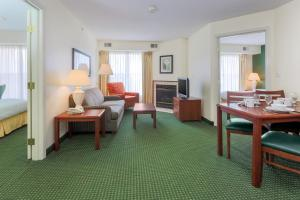 A seating area at Residence Inn by Marriott Oklahoma City South