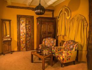 Гостиная зона в Luxury House ECO-hotel & Spa