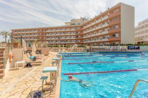 Basen w obiekcie Hotel & Spa Ferrer Janeiro lub w pobliżu