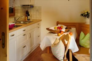 Una cocina o zona de cocina en Hoarachhof