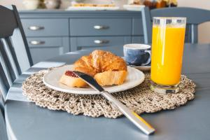 Breakfast options available to guests at Malakiri