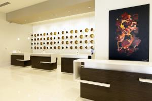The lobby or reception area at The Davenport Grand, Autograph Collection