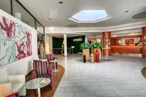 The lobby or reception area at Ringhotel Zweibruecker Hof