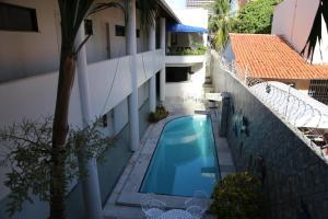Uma vista da piscina em Hotel Poyares ou nos arredores