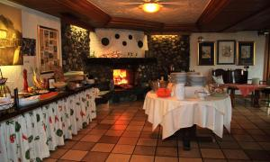 A restaurant or other place to eat at Hotel Bischof