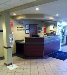 The lobby or reception area at Microtel Inn & Suites Beckley East