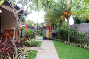 Jardin de l'établissement Pande Guest House