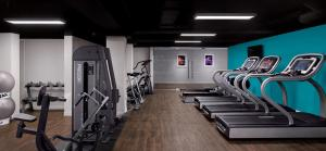 The fitness centre and/or fitness facilities at Radisson Blu Hotel, Edinburgh City Centre