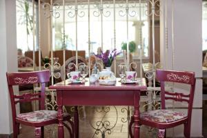 Εστιατόριο ή άλλο μέρος για φαγητό στο Parthenon Art Hotel