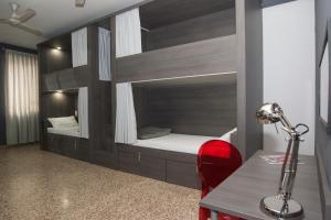 A bathroom at Quart Youth Hostel & Apartments