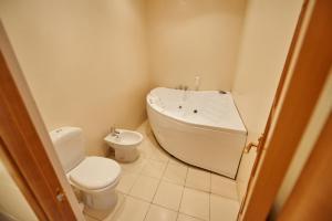 Ванная комната в Imperial Palace Hotel
