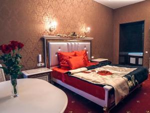 Кровать или кровати в номере Piter Hotels