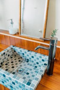 A bathroom at Koya Backpackers