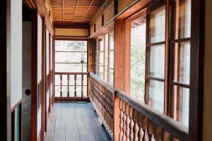 A balcony or terrace at Koya Backpackers