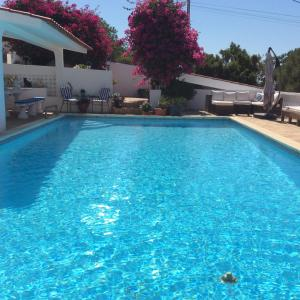 The swimming pool at or near Winniehill Bed and Breakfast