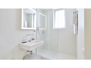 Ванная комната в 9Hotel Sablon