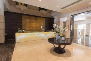 Hall ou réception de l'établissement Maritim Antonine Hotel & Spa