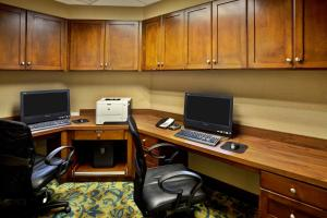 The business area and/or conference room at Hampton Inn & Suites - Cape Cod / West Yarmouth
