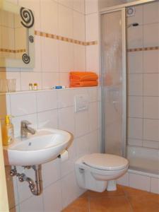 A bathroom at Marcos Heuboden