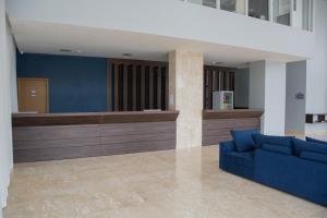 O saguão ou recepção de Select Hotel