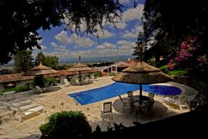 A view of the pool at Portezuelo Hotel or nearby