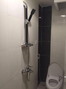Um banheiro em Rukon Buotat 15