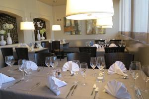 Ресторан / где поесть в Hotel Bahnhof