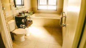 A bathroom at Muri Beach Resort