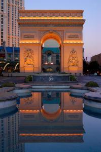 The swimming pool at or near Paris Las Vegas Hotel & Casino