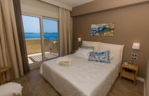 Letto o letti in una camera di Ionian Vista Villas