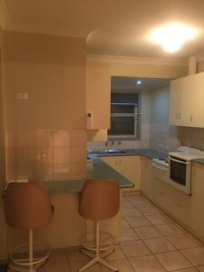 A kitchen or kitchenette at Murray Valley Motel