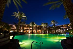 The swimming pool at or near Isrotel Agamim Hotel