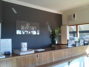 The lobby or reception area at Willows Motel