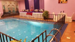 The swimming pool at or near Reem Hotel Apartments