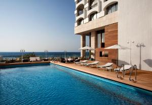 Het zwembad bij of vlak bij Orchid Tel Aviv
