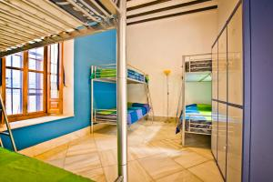 Un ou plusieurs lits superposés dans un hébergement de l'établissement Hostel Trotamundos