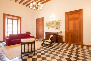 En sittgrupp på 4 Cantons - La Goleta Villas