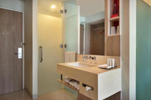 A bathroom at Mercure Bali Nusa Dua