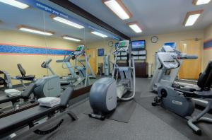 The fitness center and/or fitness facilities at Hampton Inn San Diego Downtown