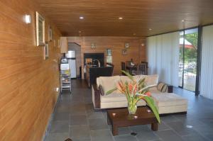 The lobby or reception area at Cabañas el Retorno